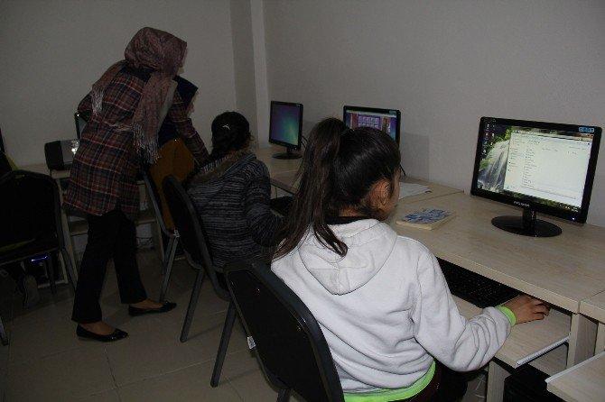 Eyyübiye'ye Kadın Destek Ve Spor Yaşam Merkezleri Kazandırılıyor