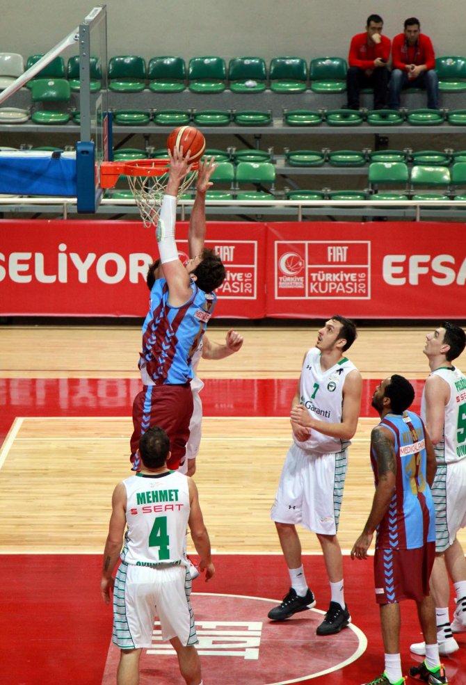 Darüşşafaka Doğuş: 83 – Trabzonspor Medical Park: 52