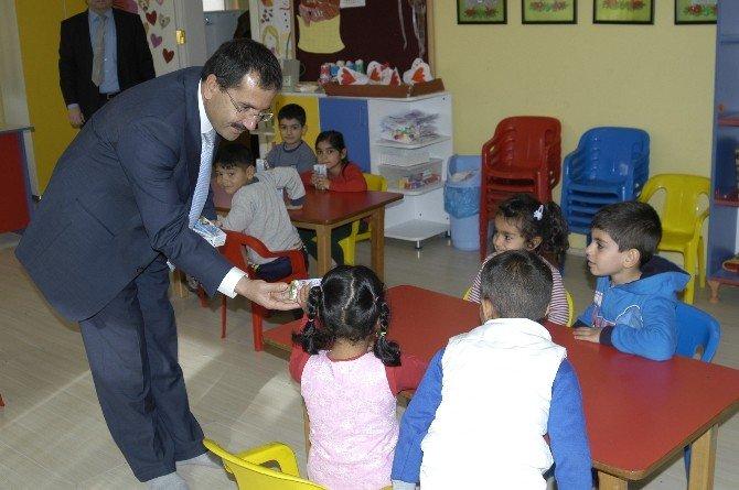 Malkara'da Miniklere Okul Sütü Dağıtıldı