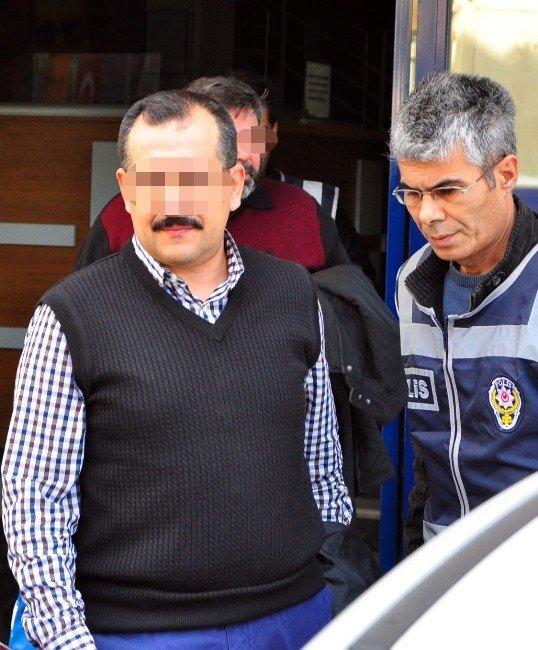 Manisa'da Fetö Operasyonu: 8 Gözaltı
