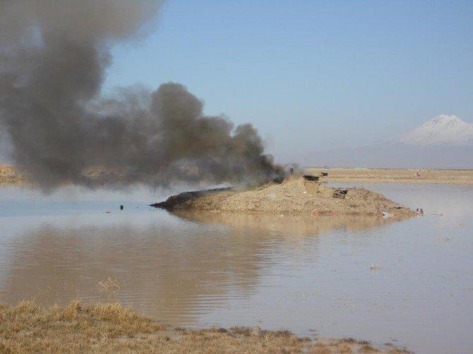 Niğde'de Kaçak Avcı Gümeleri Yakıldı