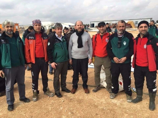 Suriyeli Göçmenlerin İmdadına İHH Yetişti