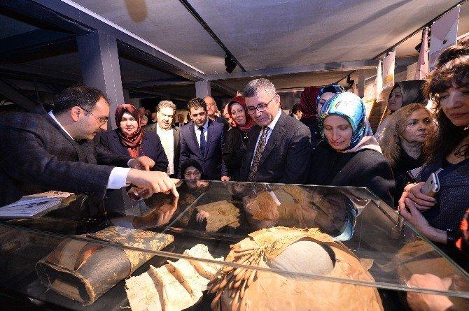 Üsküdar'da 'Mendilname' Sergisi Açıldı