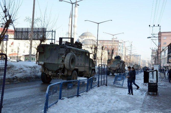 Yüksekova'da Askeri Sevkiyat