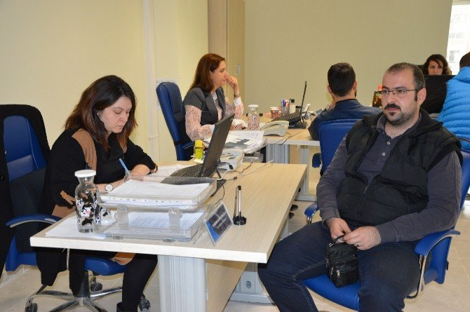Suriyeliler Manisa'da Çalışabilecek