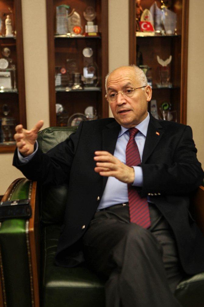 Fethi Yaşar: Teröre karşı dik durmak yurtseverlik görevidir