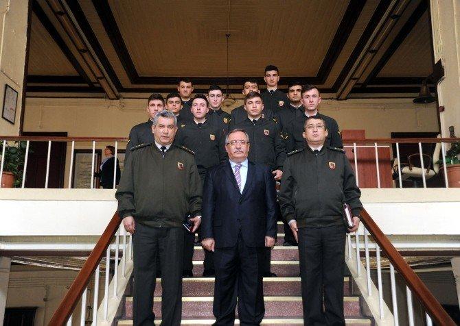 Askeri Öğrencilerden Vali Nayir'a Ziyaret