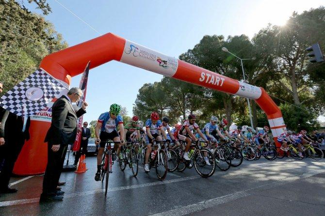 1. Uluslararası Kuzey Kıbrıs Bisiklet Turu start aldı