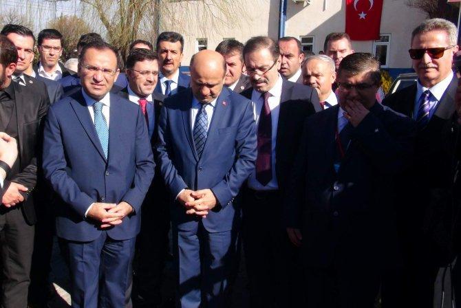 Bakan Bozdağ: HDP kendisinden bekleneni yaptı
