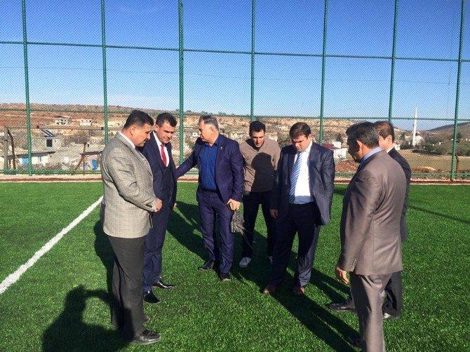 Köseceli Belediyesi Sentetik Futbol Sahasının Yapımı Tamamlandı