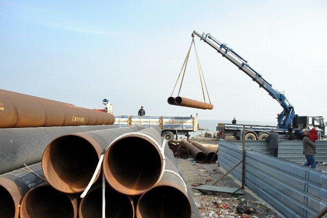 Mudanya Sahilinden Çelik Borular Kaldırıldı