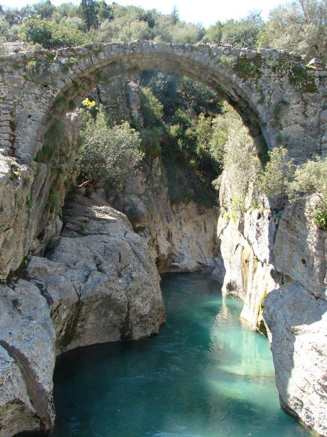 CHP'li Kök: Köprülü Kanyon ve Alakır Nehri'ne 8 HES'in yapılması turizmi bitirir