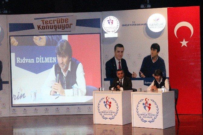 """Rıdvan Dilmen: """"Avrupa'da Fenerbahçe'nin 75, Galatasaray'ın Yüzde 45 Şansı Var"""""""