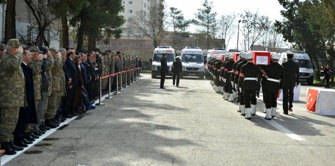 Bombalı saldırıda şehit olan 6 asker için Diyarbakır'da tören