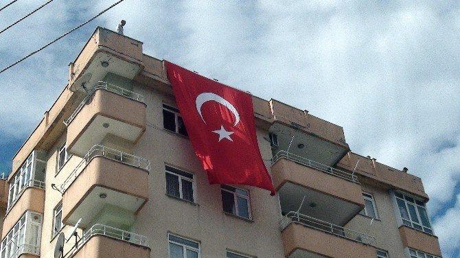 Geçici Görevle Gittiği Diyarbakır'da Şehit Oldu