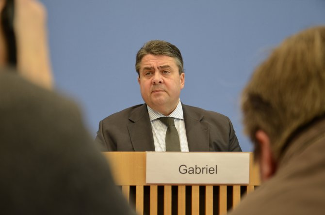 Gabriel: AB en kısa zamanda Türkiye ile görüşmeli