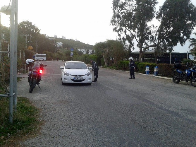 İki Organizatör Tutuklandı
