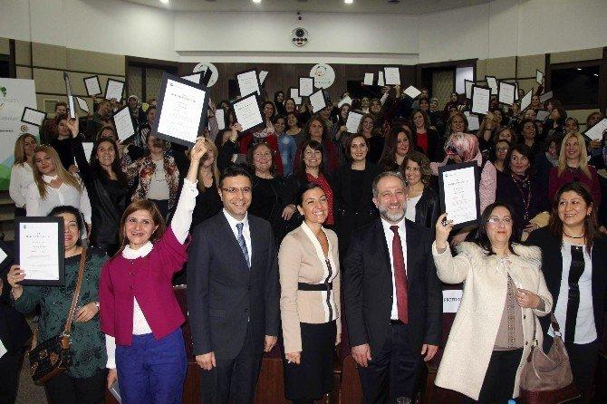 """""""Kız Kardeşim"""" Eğitimlerine Katılan Gaziantepli Kadınlar Sertifikalarını Aldı"""
