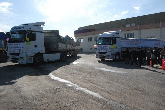 Bayırbucak Türkmenlerine 7 Tır Yardım Gönderildi