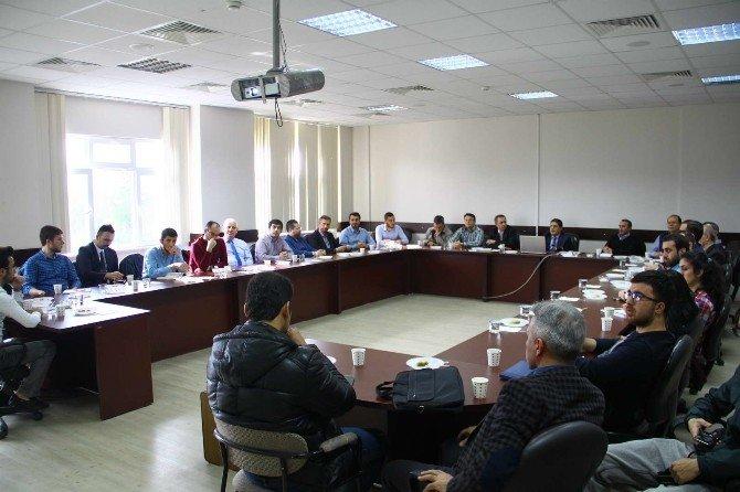 'Katılım Bankalarında Yönetim Kurulları Ve Danışma Kurullarının İşleyişi' Konulu Konferans SAÜ'de Düzenlendi