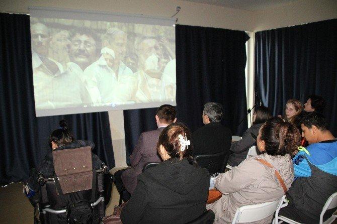 Engelliler Birlikte Film İzledi