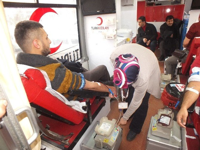 Malazgirt'te Kan Bağışı Kampanyası