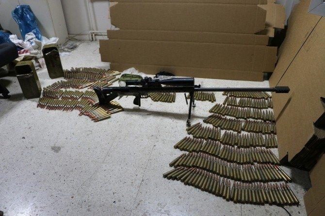 PKK'nın Kuryesi 'Zagros' Silahıyla Yakalandı
