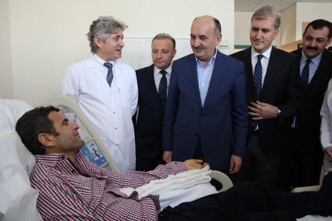 Sağlık Bakanı Müezzinoğlu: Hastanelerde 12 yaralı kaldı