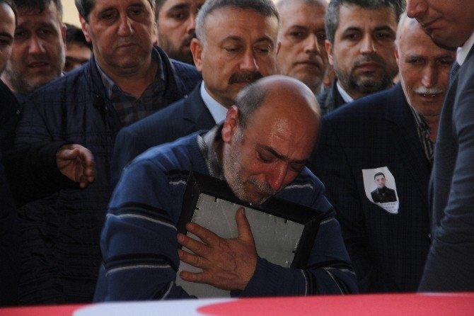 Şehit Babasının Dayanılmaz Acısı