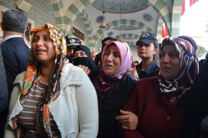 İdil şehidi Mersin'de gözyaşları ile uğurlandı