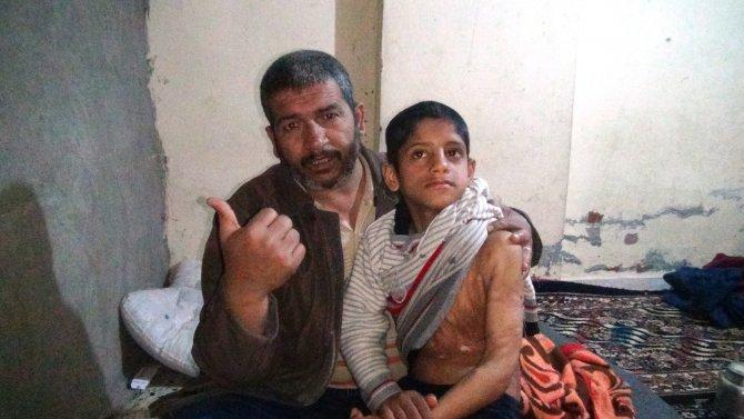 Ayağından dışarıya iple bağlanan Suriyeli çocuğun ailesinin dramı
