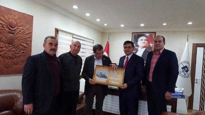 AK Parti Yerel Yönetimler Başkan Yardımcısı Şeker'den Başkan Yalçın'a Ziyaret