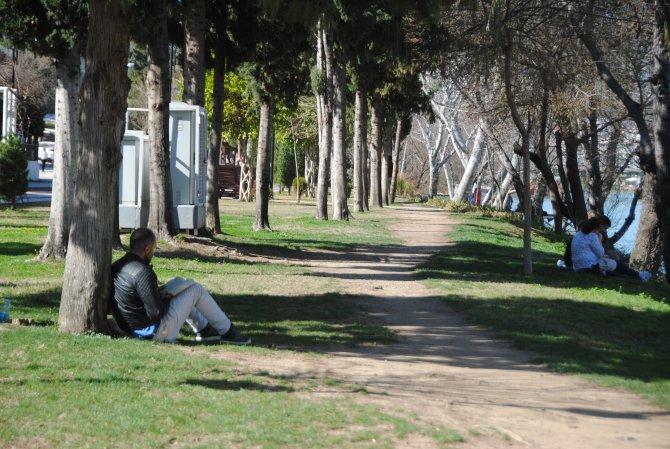 Cemre havaya düştü, Manavgat'ta yazdan kalma günler yaşanıyor
