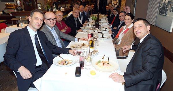 Cluj Belediye Başkanı'ndan TBF heyetine yemek