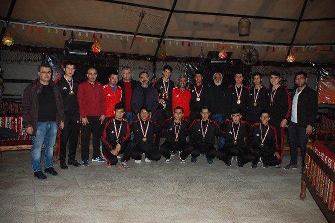 Adıyamanlı Sporcular Türkiye Futsal Finallerine Kaldı