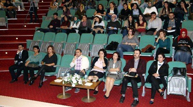İktisadi Düşünce Topluluğu 'Girişimcilik' Konferansı Düzenledi