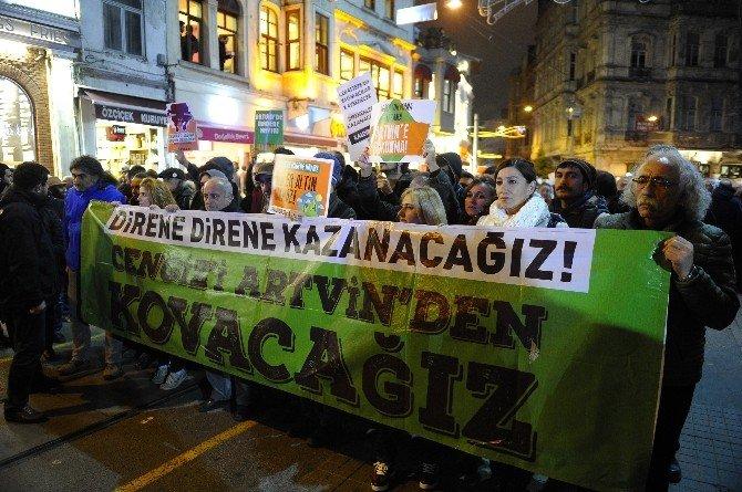 Taksim'de Horonlu Cerattepe'de Protestosu