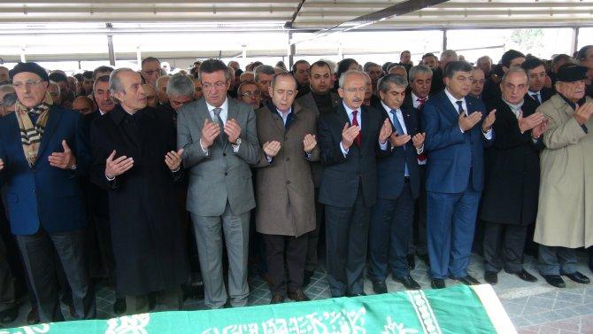 Kılıçdaroğlu, CHP'li Akyüz'ün babasını son yolculuğuna uğurladı