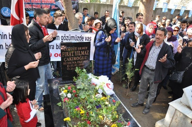 Fırat Çakıroğlu, Ölümünün Birinci Yılında Mezarı Başında Dualarla Anıldı