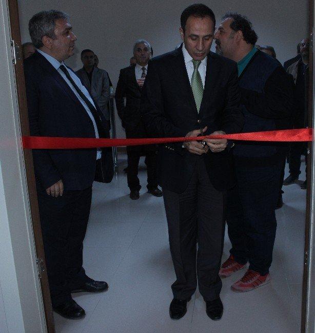 Prof. Dr. Nuri Orhan'ın Adı Konferans Salonuna Verildi