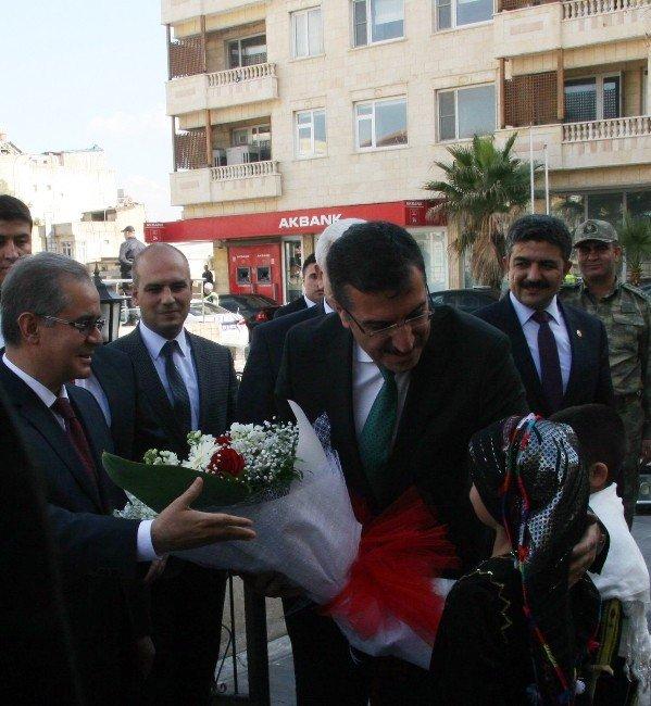 Gümrük Ve Ticaret Bakanı Bülent Tüfenkci Kilis'te