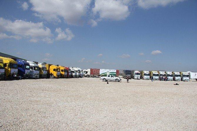 22 Tır'lık İnsani Yardım Malzemesi Suriye'ye Uğurlandı.