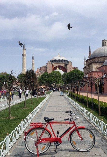 TEK Aşkı Kırmızı Bisikleti
