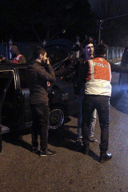 """İstanbul'da Helikopter Destekli """"Yeditepe Huzur Uygulaması"""" Yapıldı"""