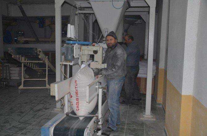 Koyulhisar'dan Bayırbucak Türkmenleri'ne Yardım