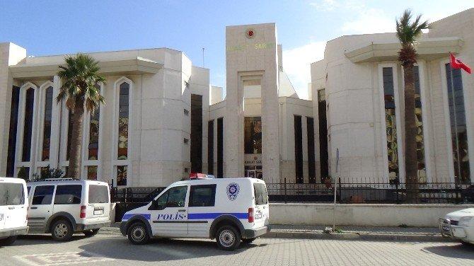 Edremit'teki Silahlı Saldırının Zanlıları Adliyeye Sevk Edildi