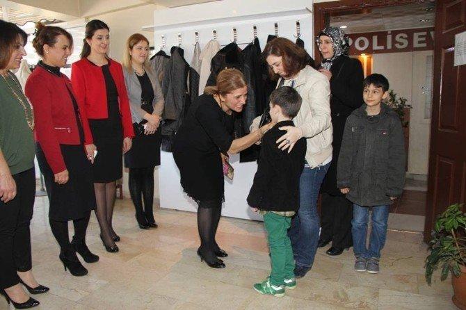 Artunay'dan Polis Ailelerine Moral Desteği