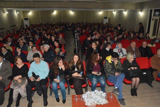 'Nalınlar' Sinop'ta Sahnelendi