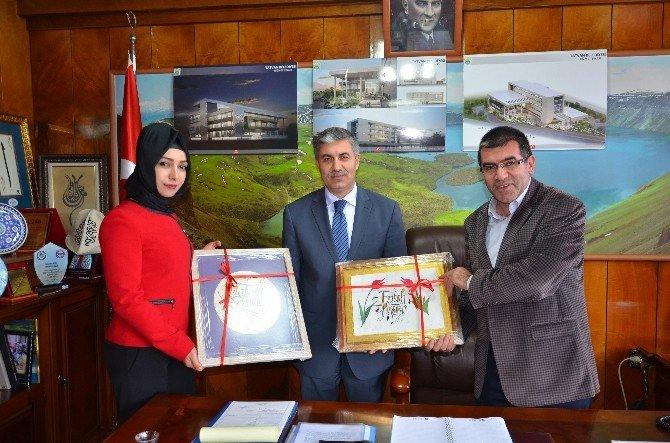 Tatvan Gençlik Merkezi Kursiyerlerinden Başkan Aksoy'a Ziyaret