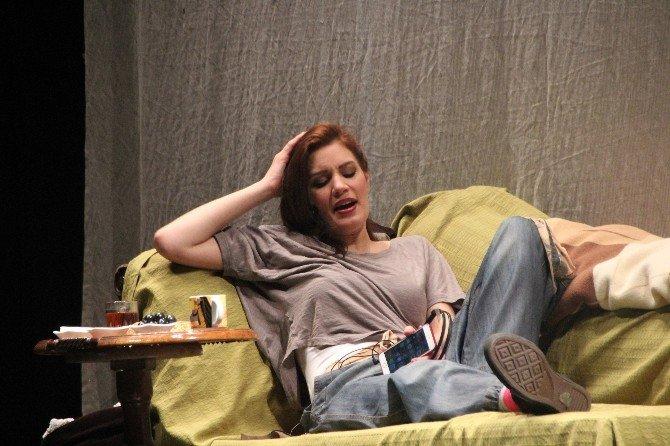 'Leyla'nın Evi' Oyunu Bilecikliler İle Buluştu